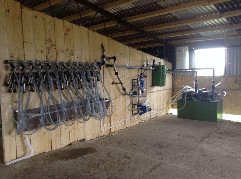 Кислотные и щелочные средства для промывки молокопроводов